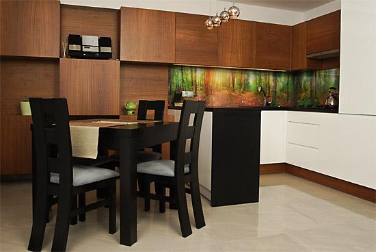 Kuchnia otwarta na salon - SOLED