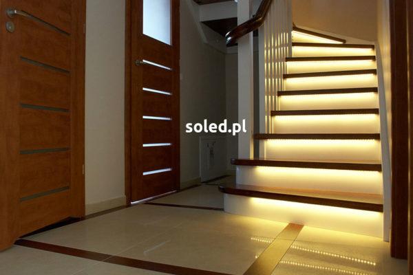 oświetlenie schodów LED