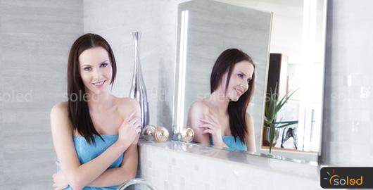 lustro do łazienki z oświetleniem LED