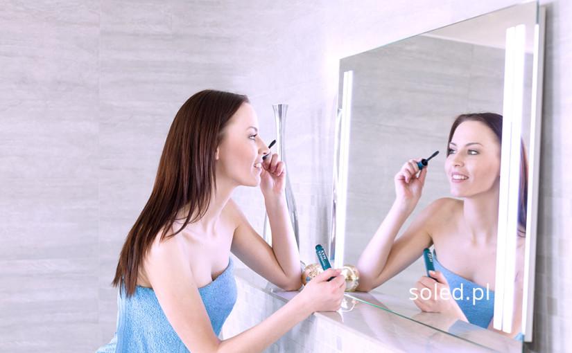 Czym kierować się wybierając lustro do łazienki?