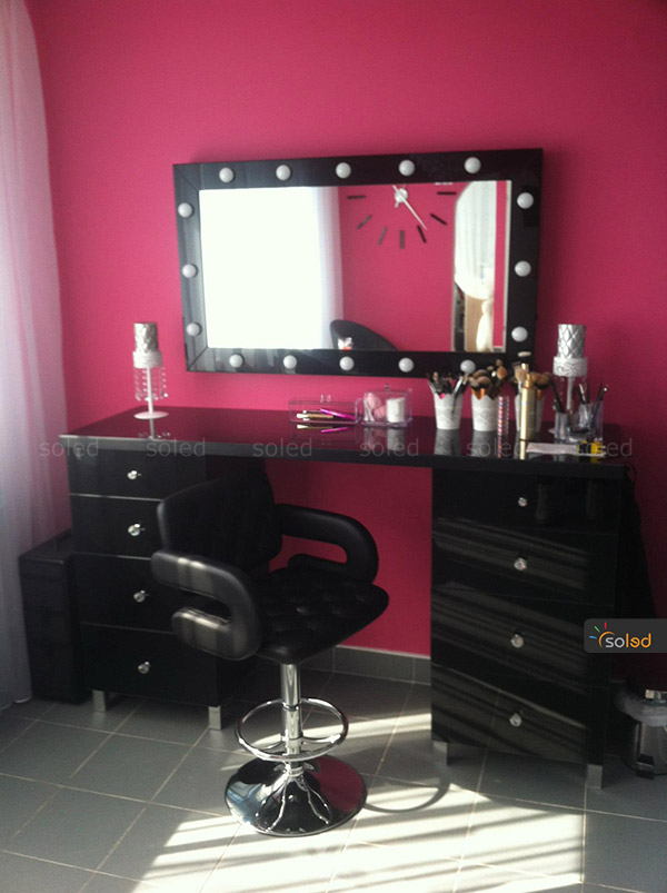 lustro czarne make up