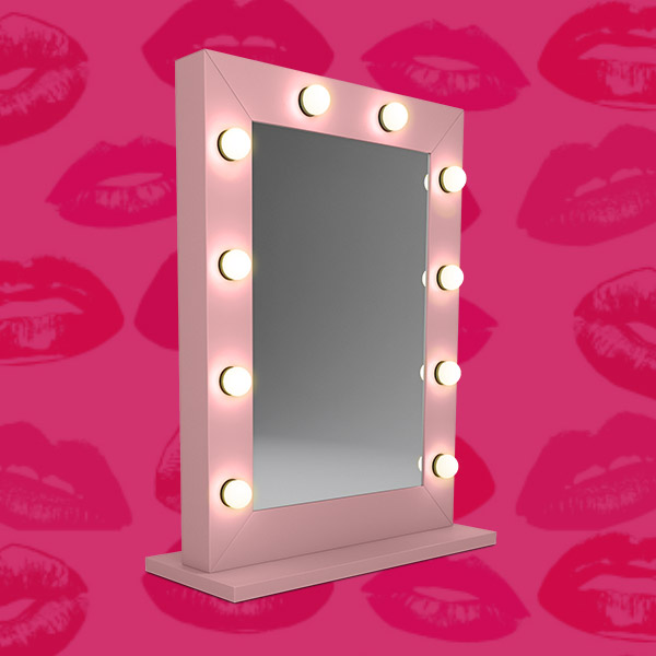 lustro rozowe make up