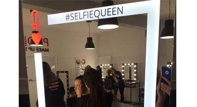 Dowiedz się więcej o lustrze selfie