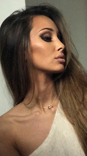 Olga w makijażu
