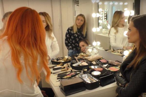 lustro do wizażu w salonie Ewy Gil